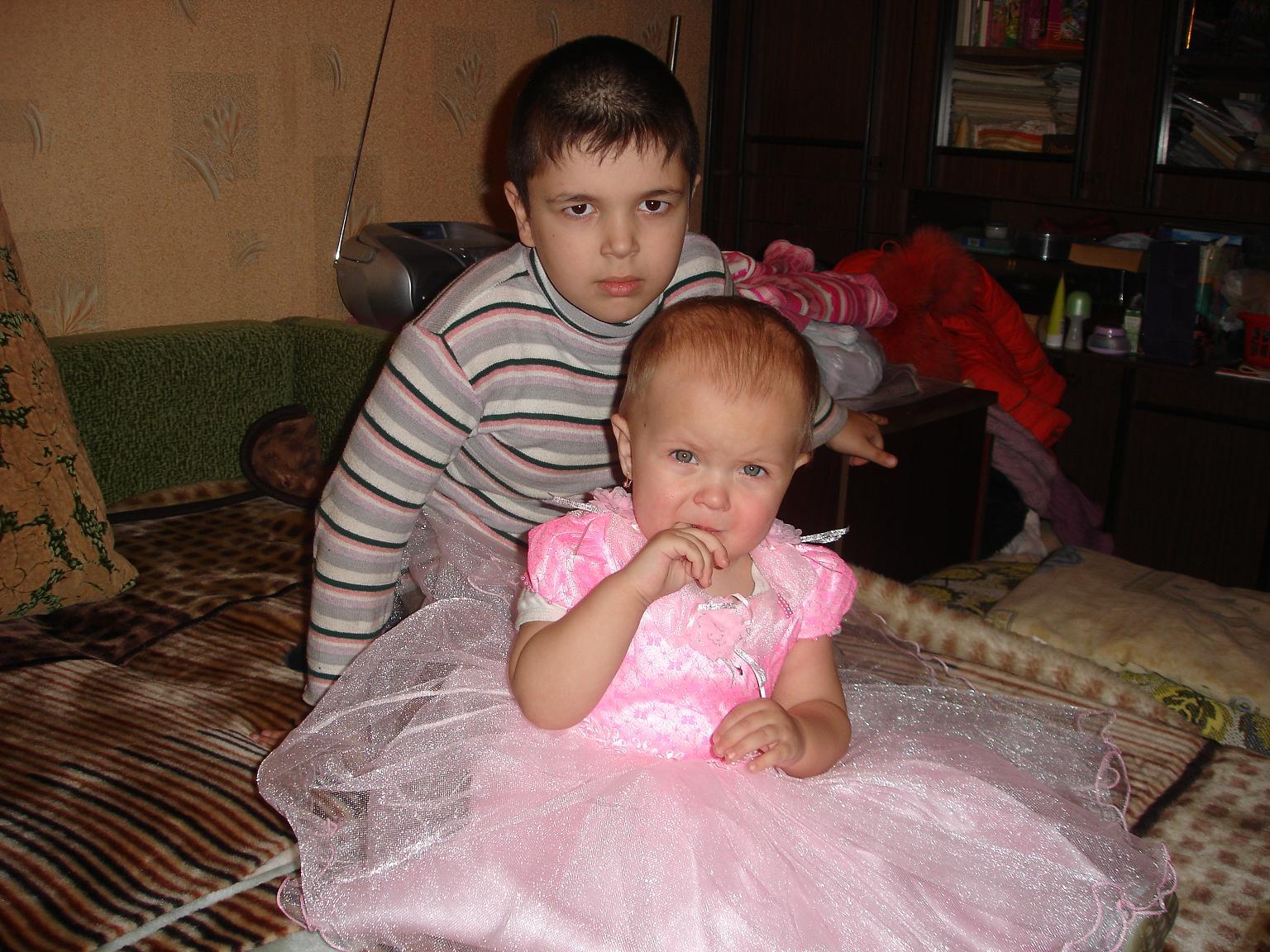 Детки -конфетки)). Нарядные дети