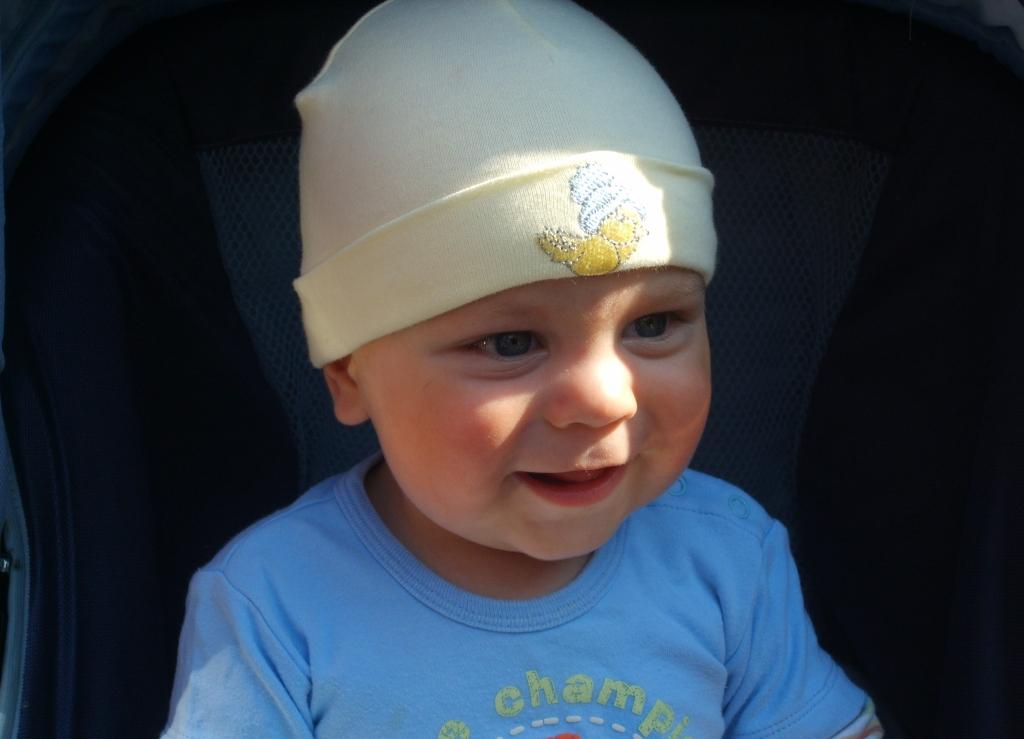 Мой сыночек Илюша. Очаровательные глазки