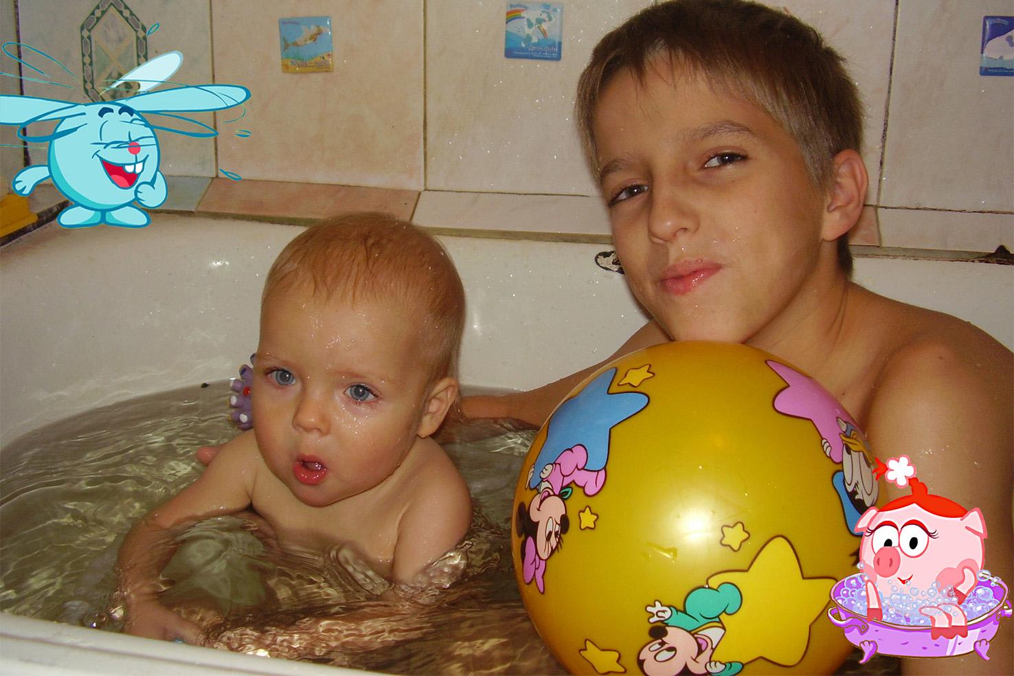 Сестра с братом купаются фото, Брат трахнул сестрицу в попку и другие порно фото 7 фотография