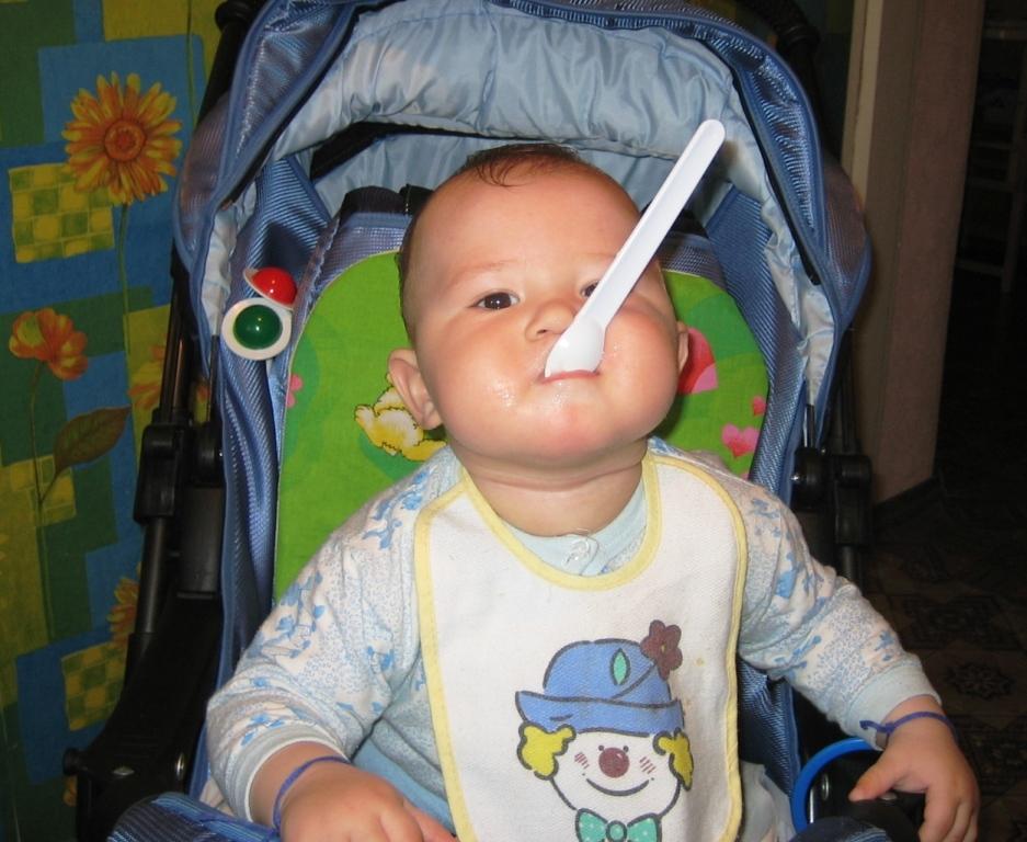 Ложкой NUBY можно подкрепиться и зубки почесать!!!. Пробуем на зуб!