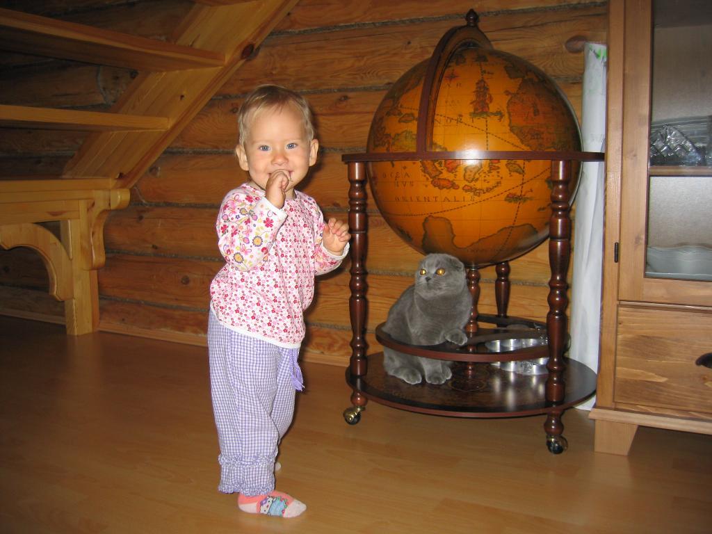 Вокруг света с котом Марсиком. Ребенок и   котенок