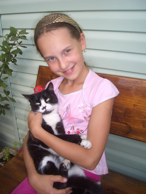 я и моя кошка. Ребенок и   котенок