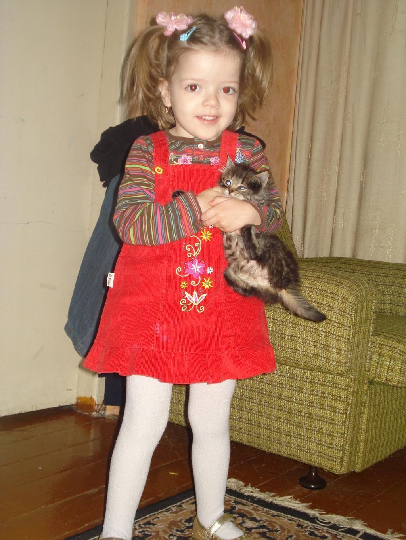 Очаровашки. Ребенок и   котенок