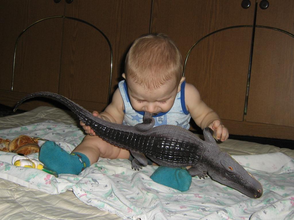 крокодил - это вкусно. Пробуем на зуб!