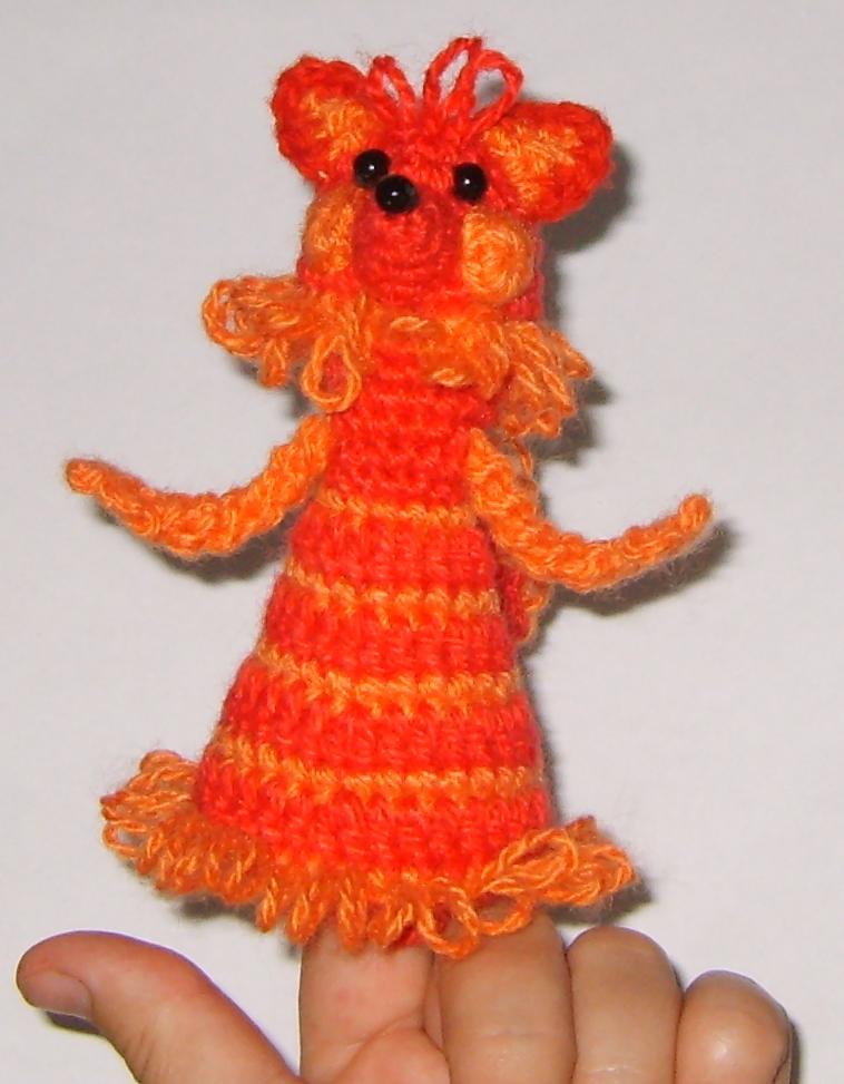 Пальчиковая кукла Лиса. Вязаные игрушки