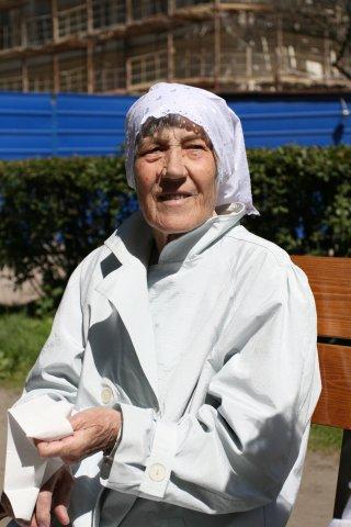 моя бабушка. Белая панама
