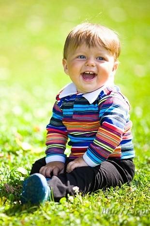 когда смеётся ребёнок - улыбается небо!. Маленькая модель
