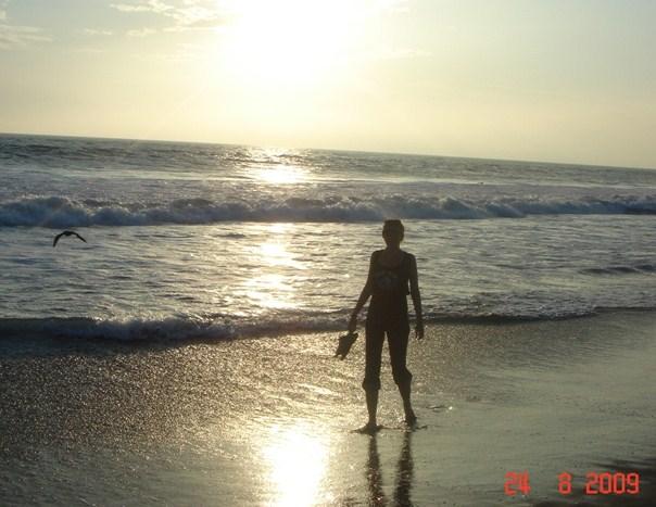 Лос-Анджелес, пляж Малибу. Под солнцем