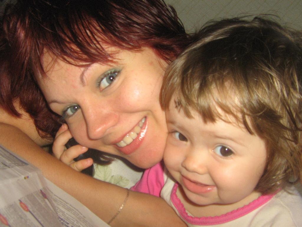 доченька Иринка и я. Время улыбаться