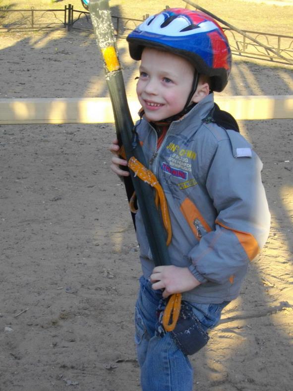 маленький альпинист. Маленький герой