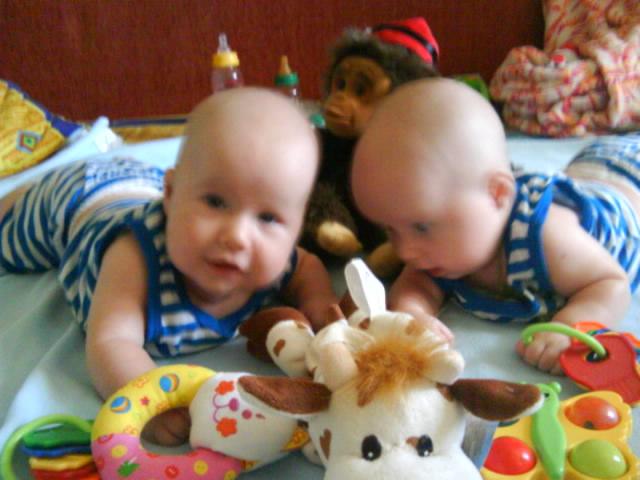 Любимые игрушки Андрюшки и Ванюшки. Мои игрушки