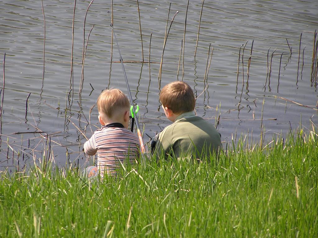 Ловись рыбка большая и маленькая. Выходные на природе