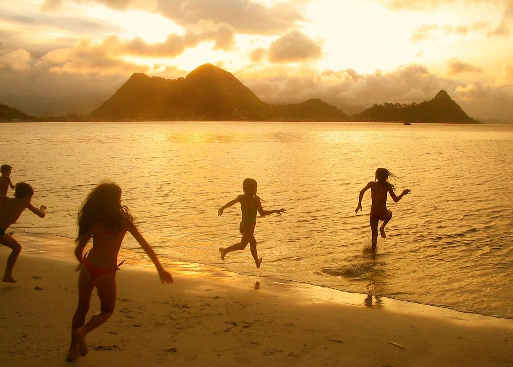 По золотому пляжу.. Выходные на природе