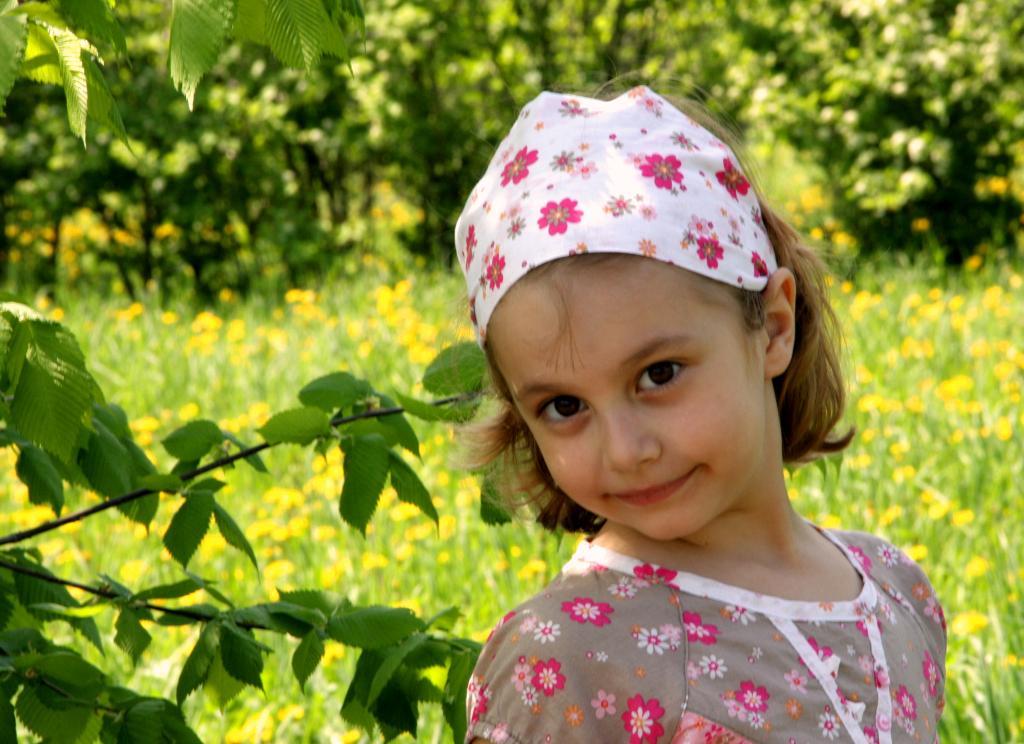 девочка весна. Выходные на природе