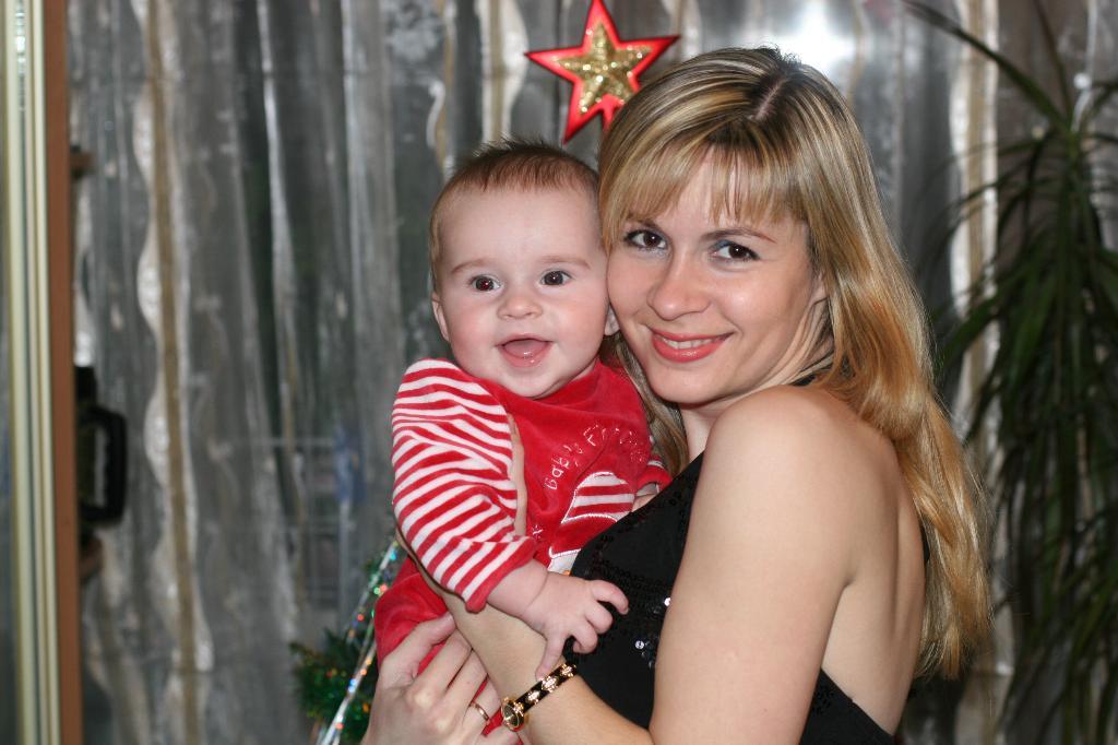 Под счастливой звездой!. Мадонна с младенцем