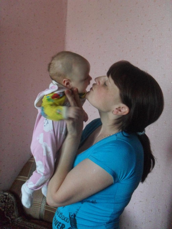 Поцелуй любви.... Мадонна с младенцем