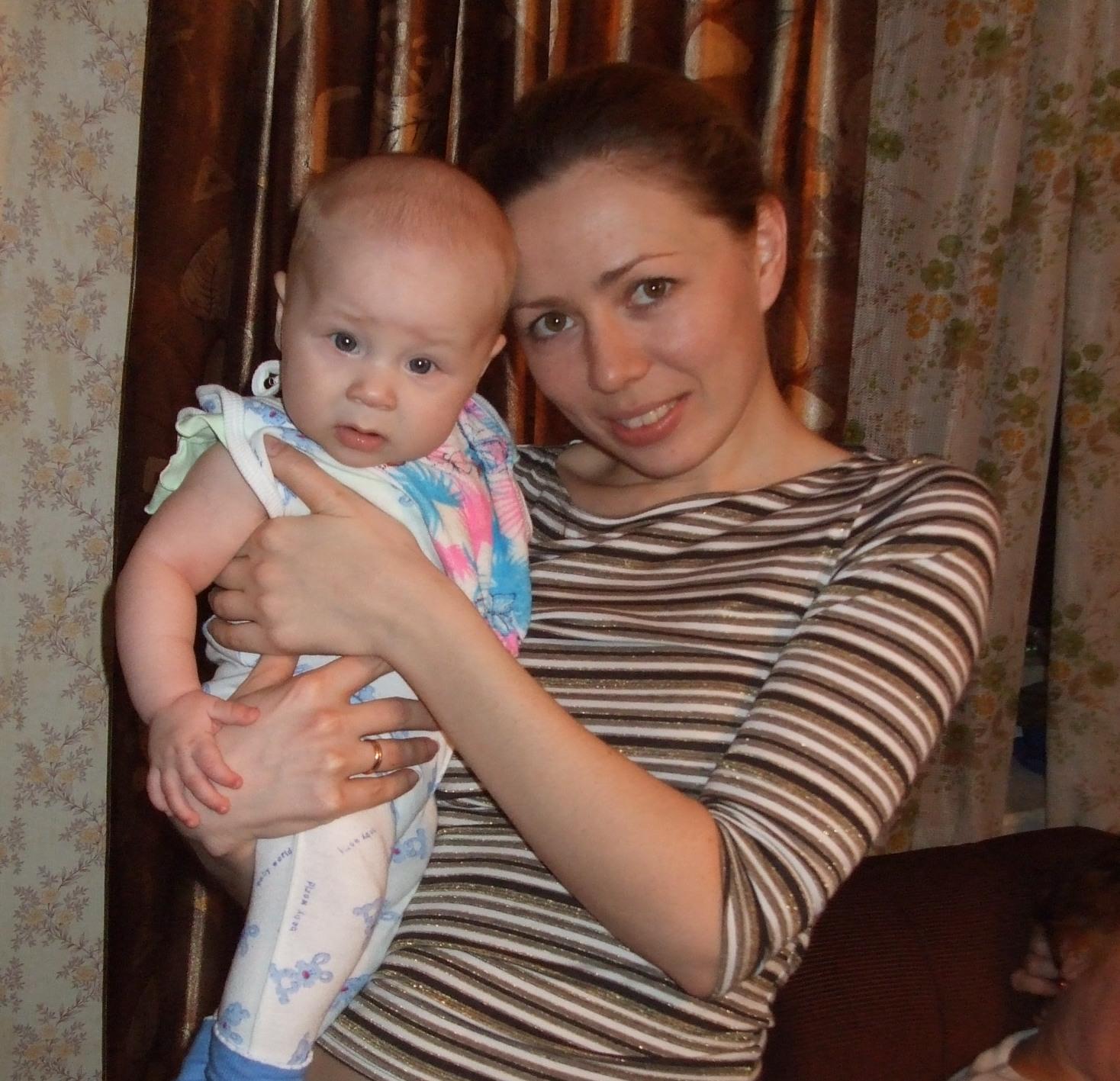 Милашки. Мадонна с младенцем