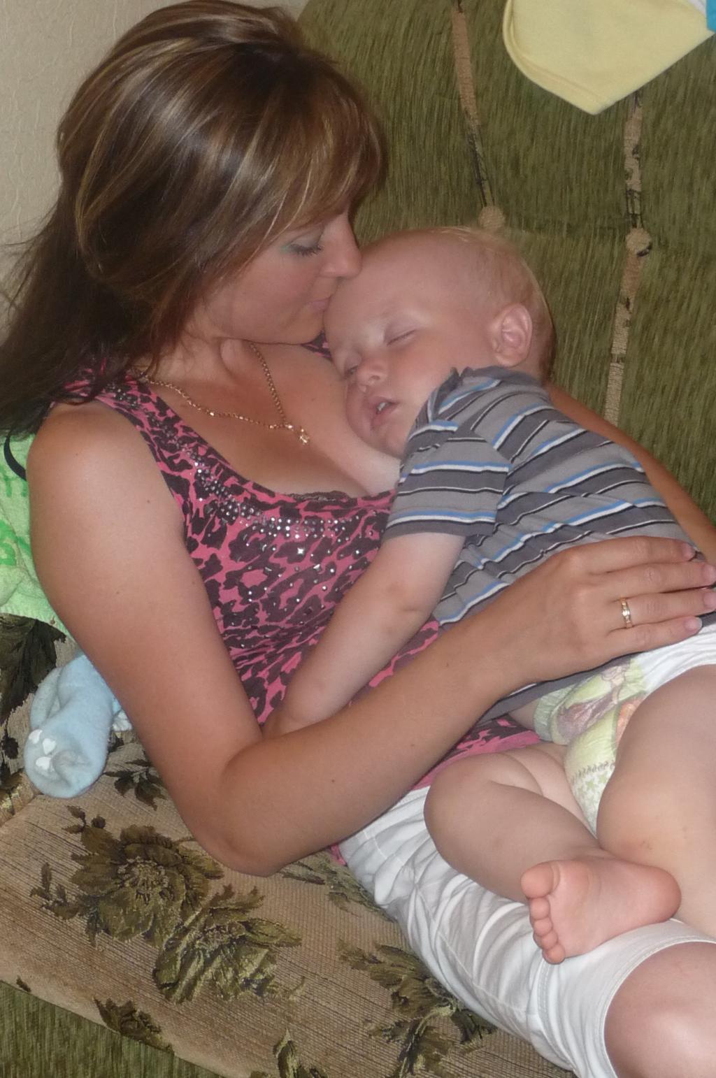 За что я мамочку свою люблю,,, . Мадонна с младенцем
