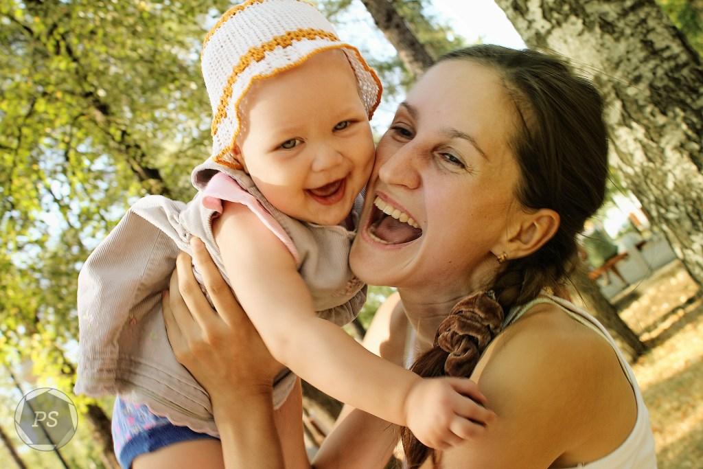 Счастье рядом!. Мадонна с младенцем
