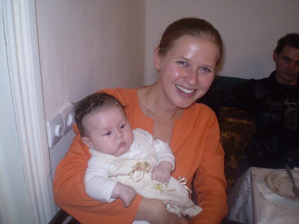 Первый выход. Мадонна с младенцем