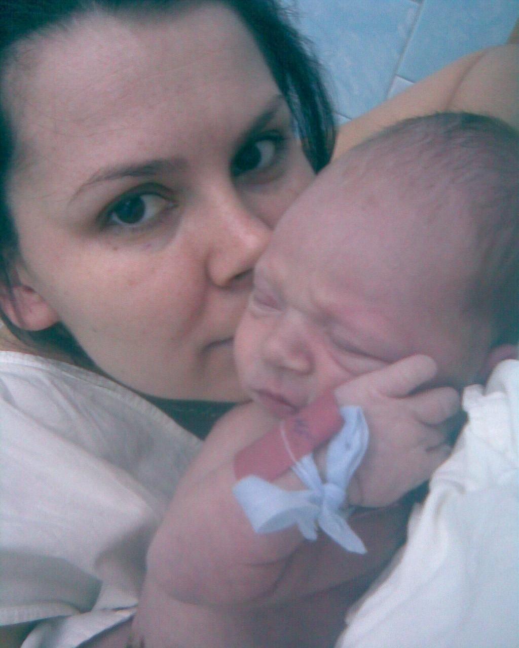 Наше первое фото. Мадонна с младенцем