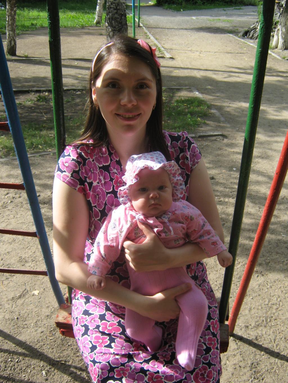 Счастье быть мамой. Мадонна с младенцем