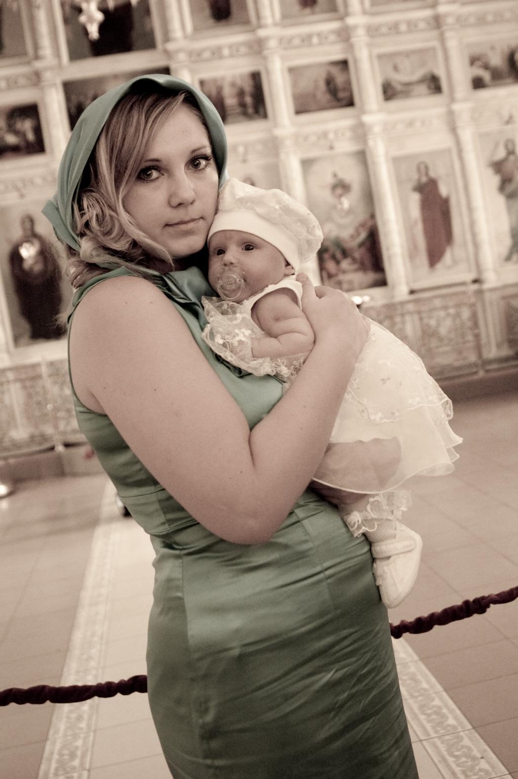 крестины Таечки. Мадонна с младенцем
