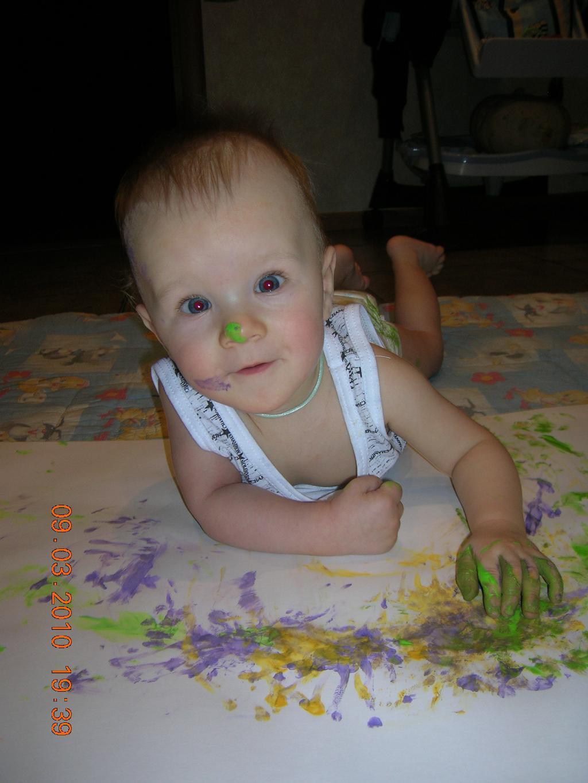 Я художник настоящий, только маленький ещё.. Я рисую