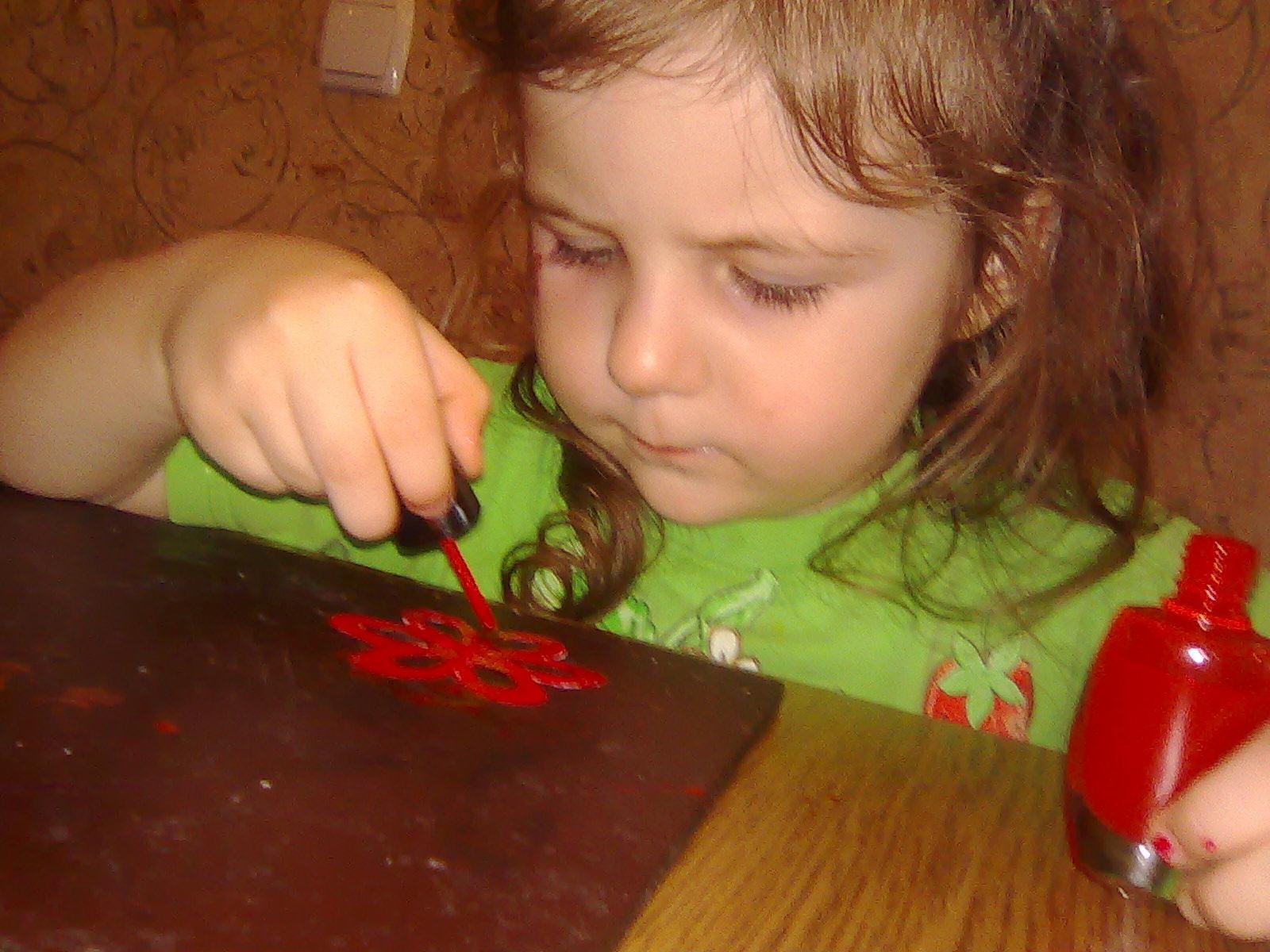 лаком для ногтей тоже можно рисовать!. Закрытое голосование фотоконкурса 'Я рисую'