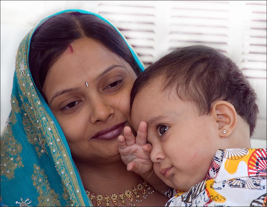 Индийская Мадна. Мадонна с младенцем