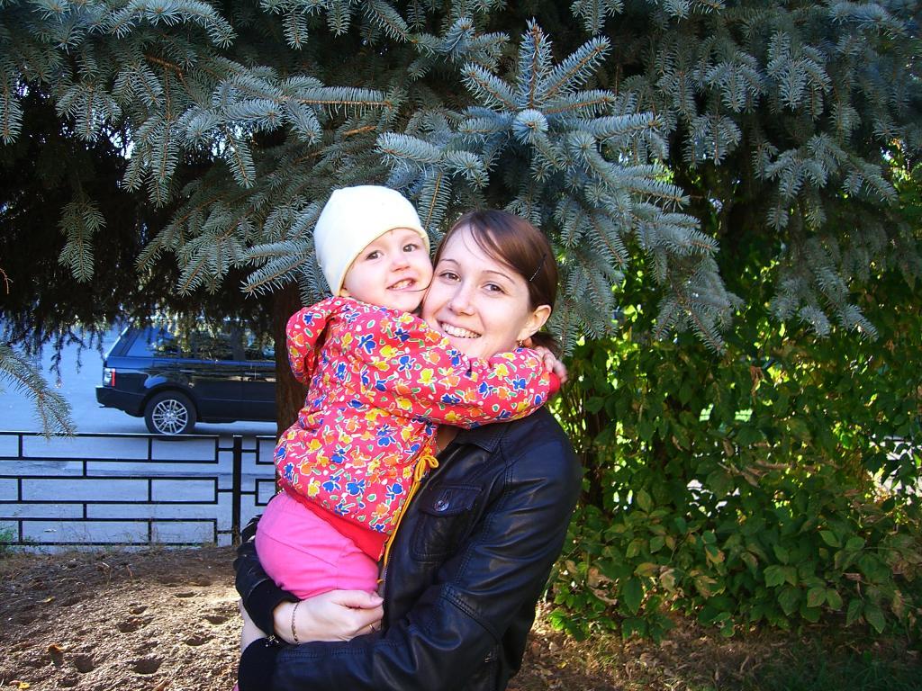 Солнечное настроение. Мадонна с младенцем