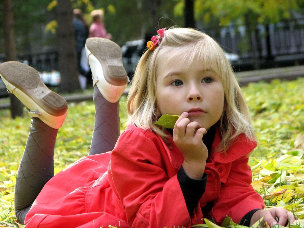 Сашонок - сентябрёнок. Закрытое голосование фотоконкурса 'Осенняя прогулка'
