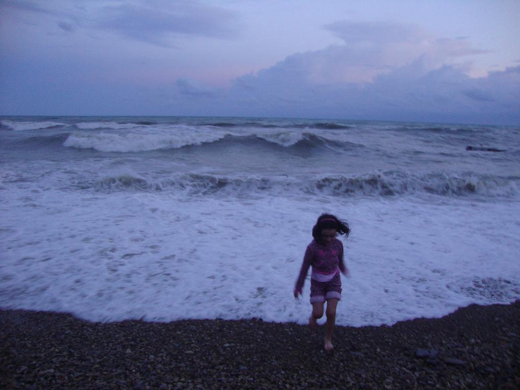 Бегом от волны.. Выходные на природе