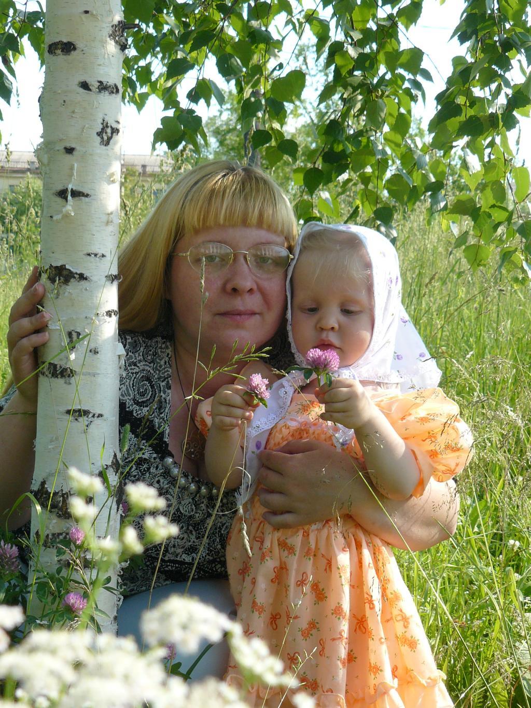 Так хорошо рядом с мамой!. Мадонна с младенцем