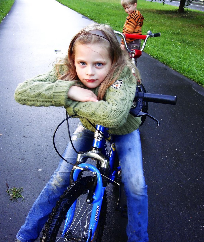Нашему катанию дождик не помеха !. Закрытое голосование фотоконкурса 'Укрощение велосипеда'