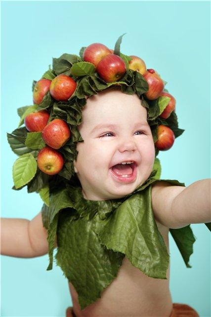 Яблочко. Малыш на обложку
