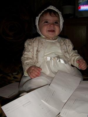 Камила 8 месяцев. Закрытое голосование фотоконкурса    'Пишу письмо Деду Морозу'