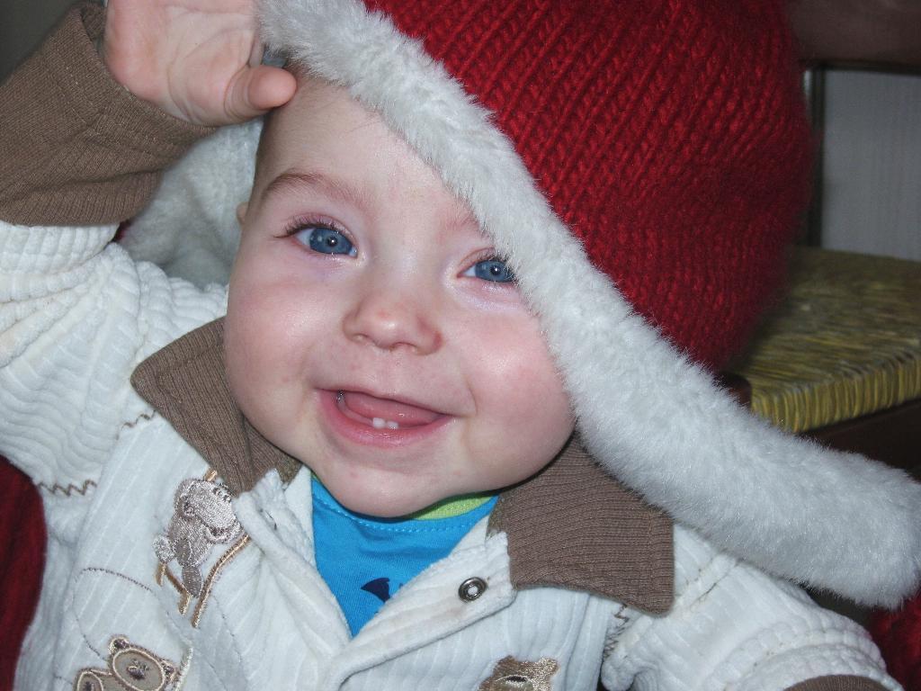 А если у меня шапка на этот бок  будет.... Малыш на обложку