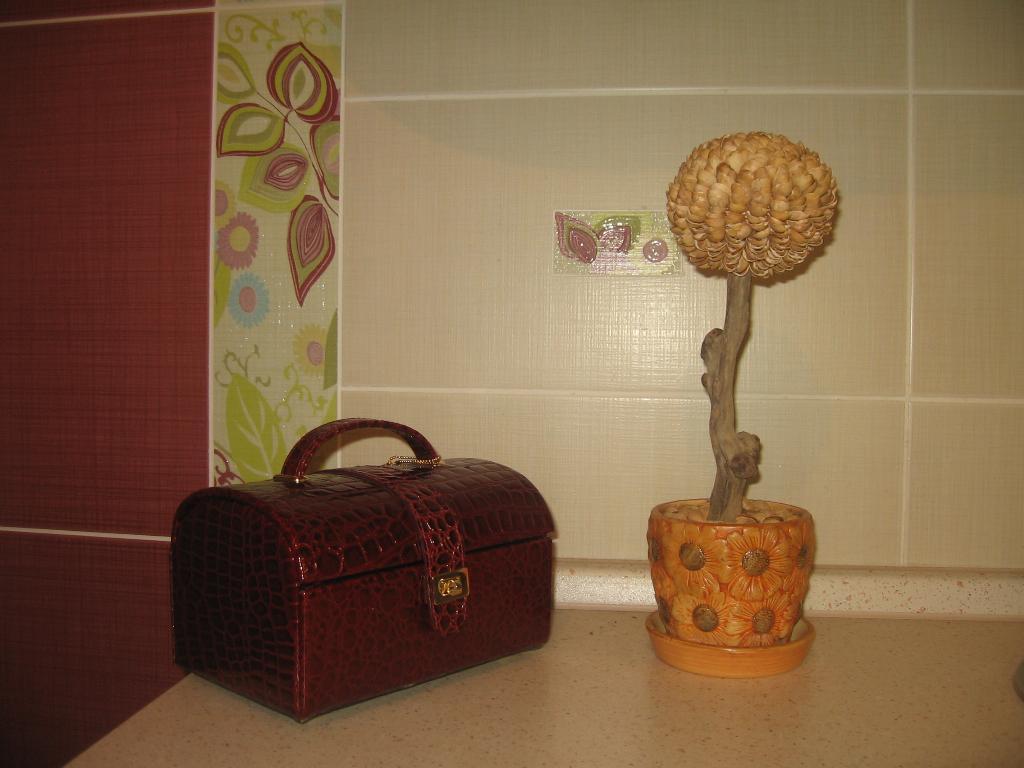 Фисташковое дерево. Поделки из природного материала
