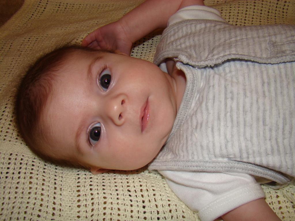 первые именины 19.11.2010. Малыш на обложку