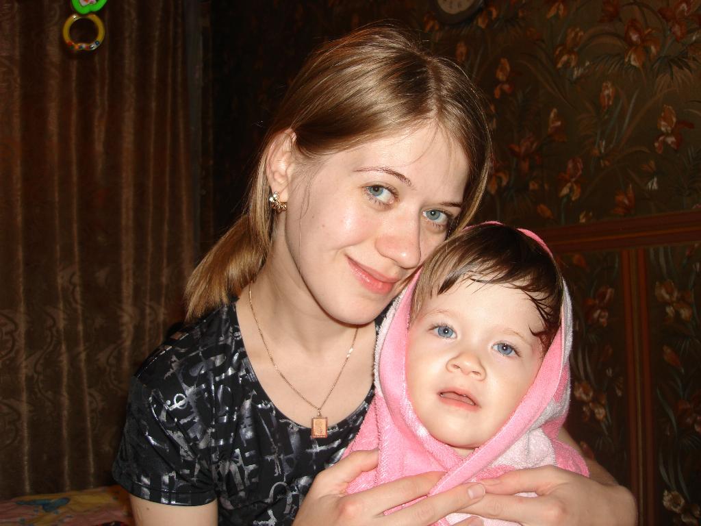 Сладкая парочка после баньки.... Мадонна с младенцем