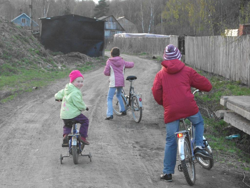 как хорошо в деревне. Укрощение велосипеда