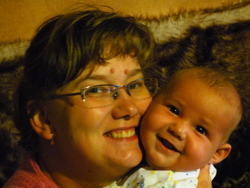 Улыбайка. Мадонна с младенцем