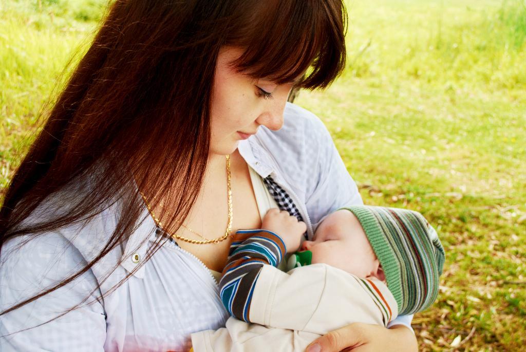 Мы... Мадонна с младенцем