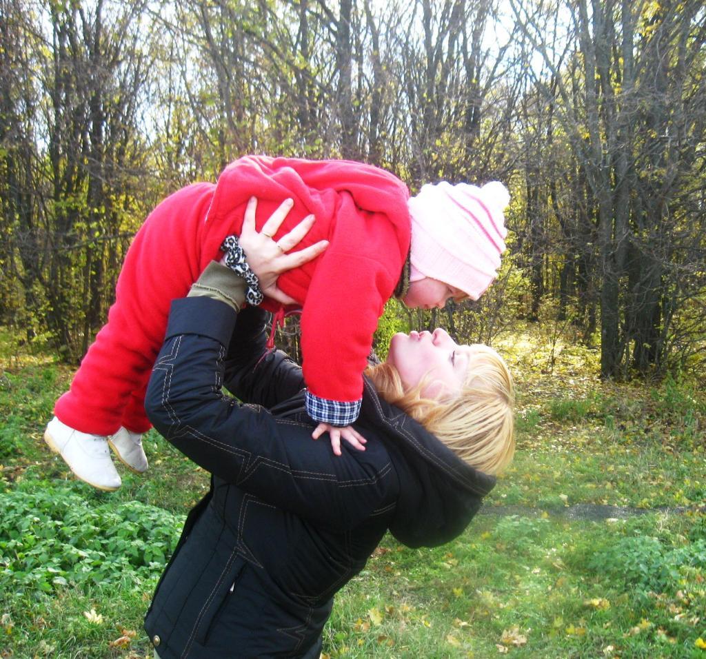 Счастье у меня в руках!!!. Мадонна с младенцем