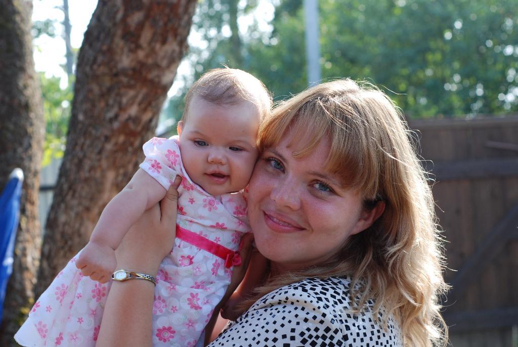 Мамина радость!. Мадонна с младенцем