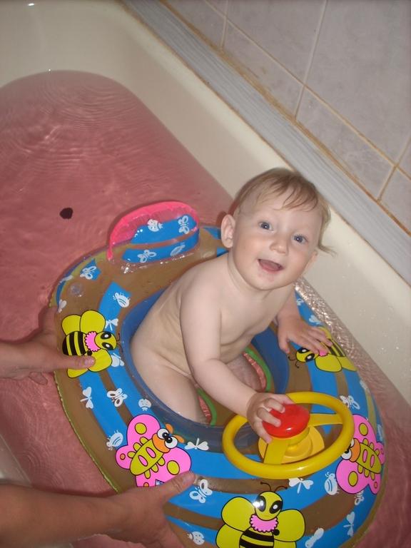 Купаюсь в ванне. Играем в ванной