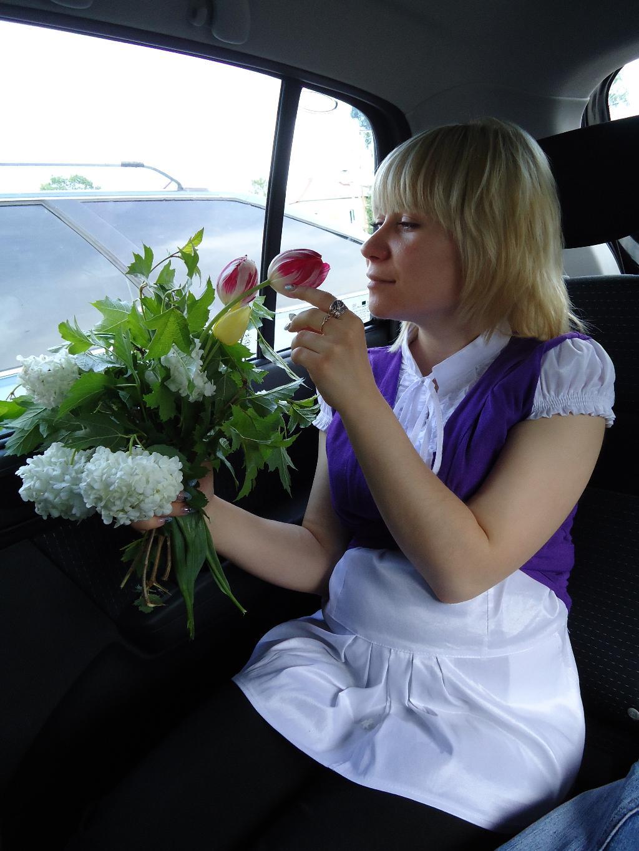 мы с дочкой очень любим цветочки)))5 месяцев. Стильная беременность