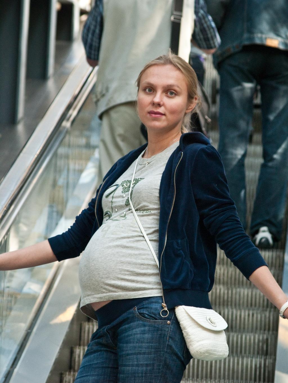 Последняя прогулка по москве с животиком. Стильная беременность