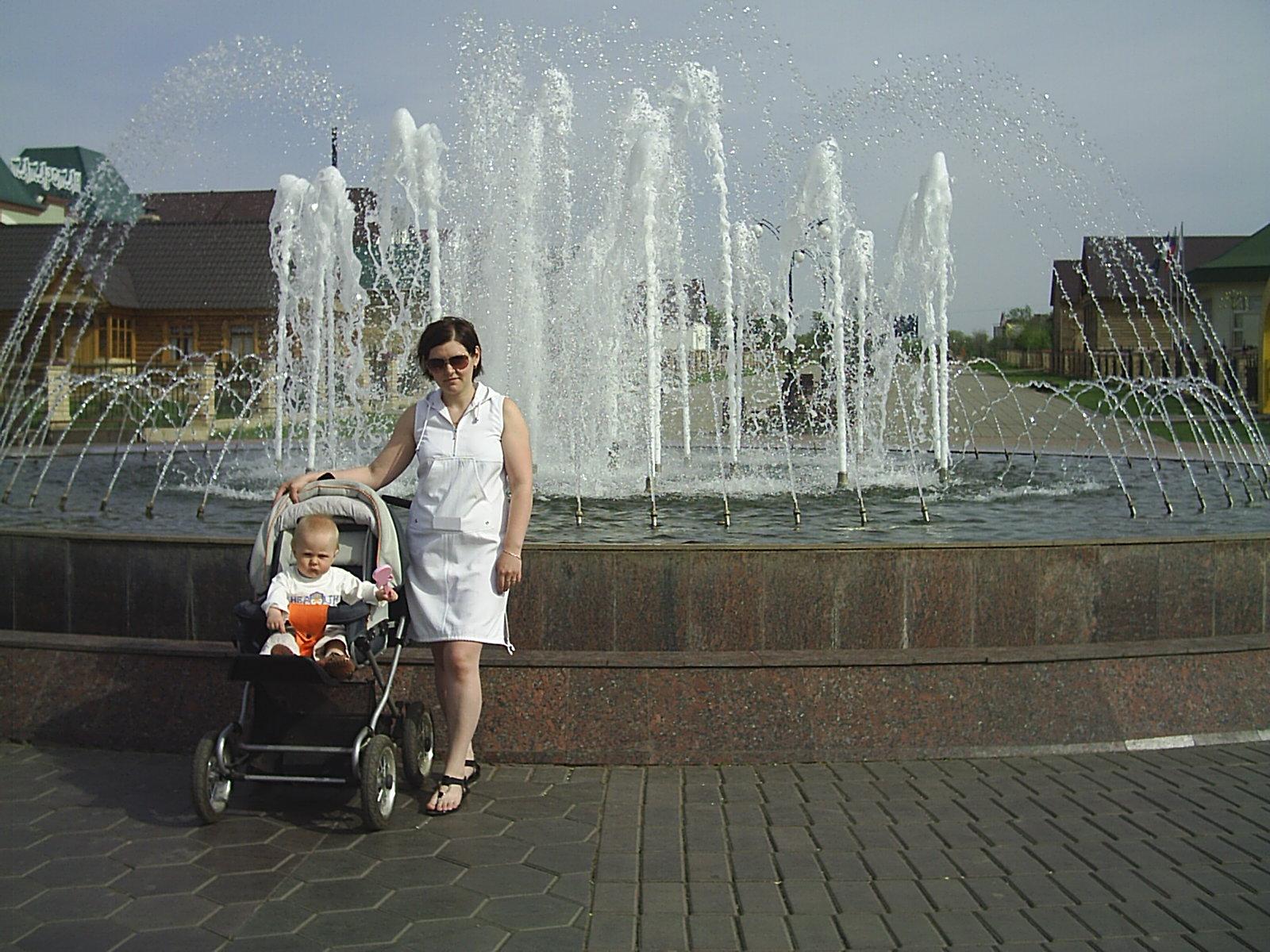 Летняя прогулка. С мамой на прогулке